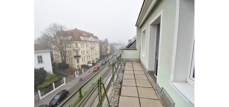 Terrasse Strassensei