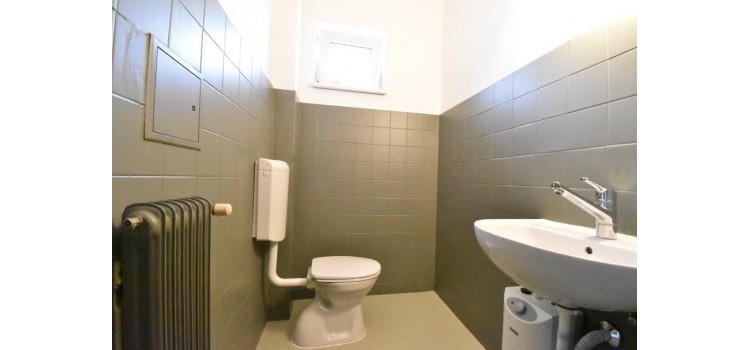 Gang Toilette