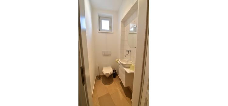 Extra Toilette